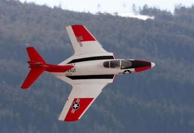 Top-RC Cougar F9F ARF Combo weiß/rot